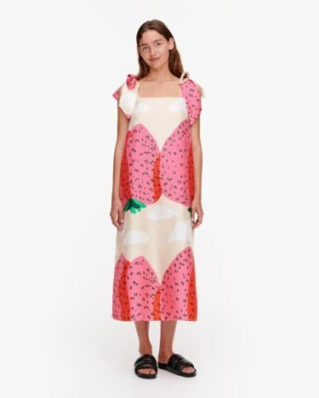 marimekko Juureni Mansikkavuoret dress beige, red, white