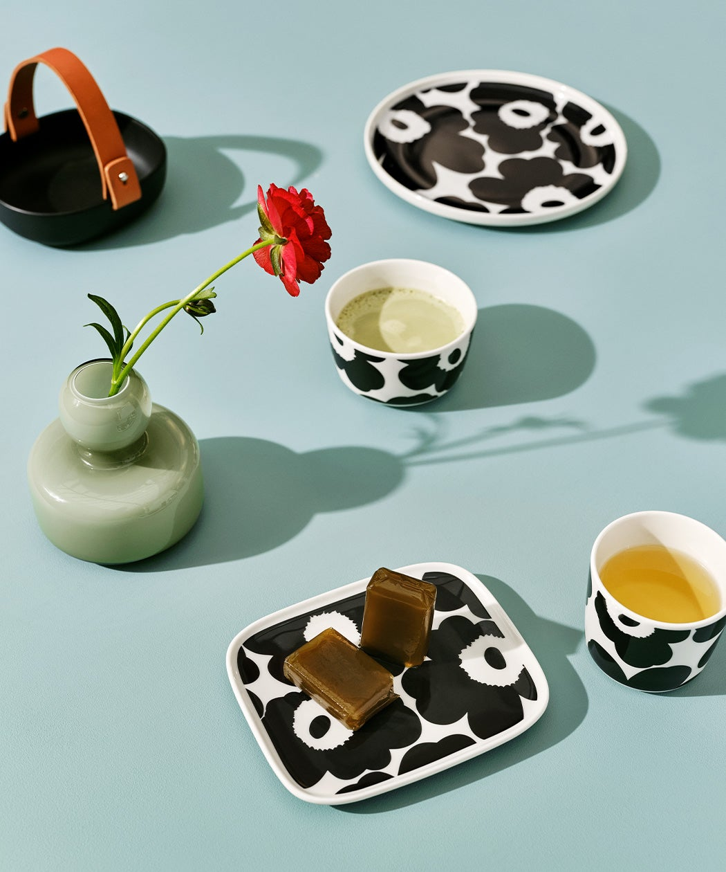 Marimekko Unikko tableware